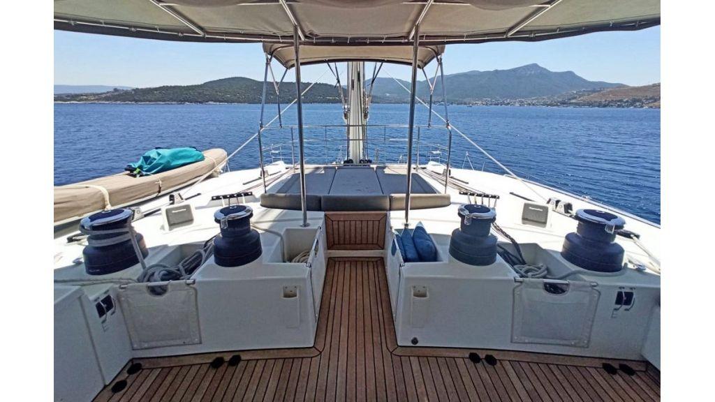 Lagoon 620 for Charter (1)