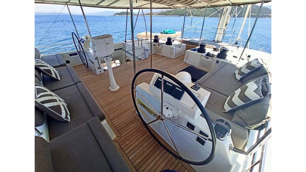 Lagoon 620 for Charter (22)