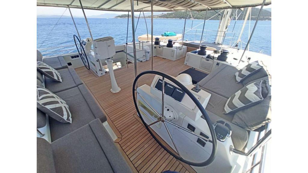 Lagoon 620 for Charter (27)