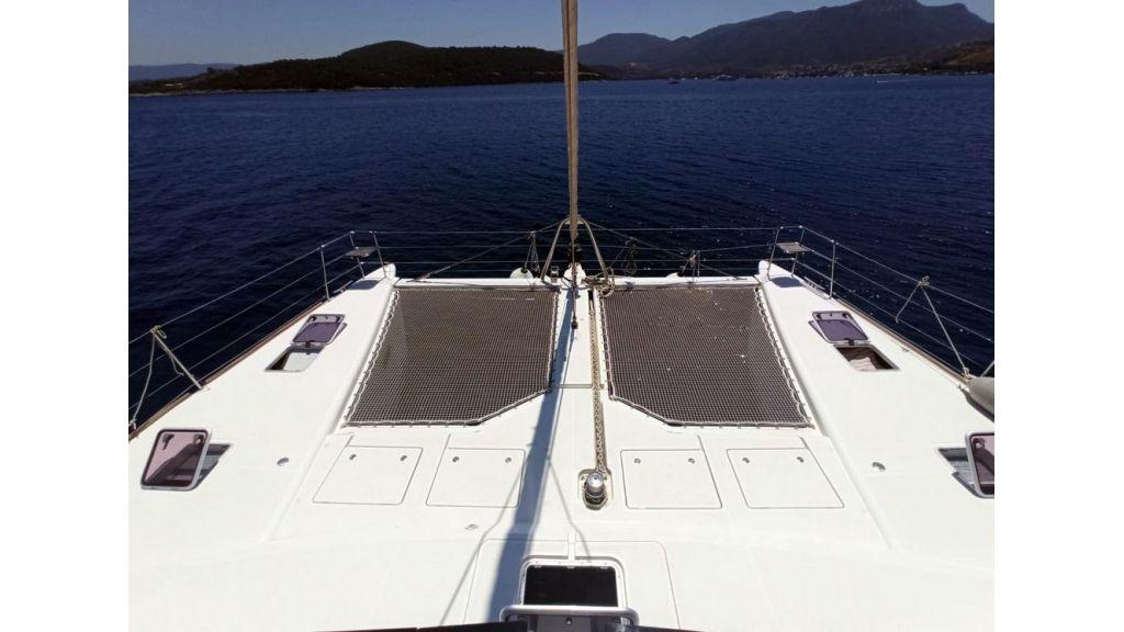 Lagoon 620 for Charter (9)