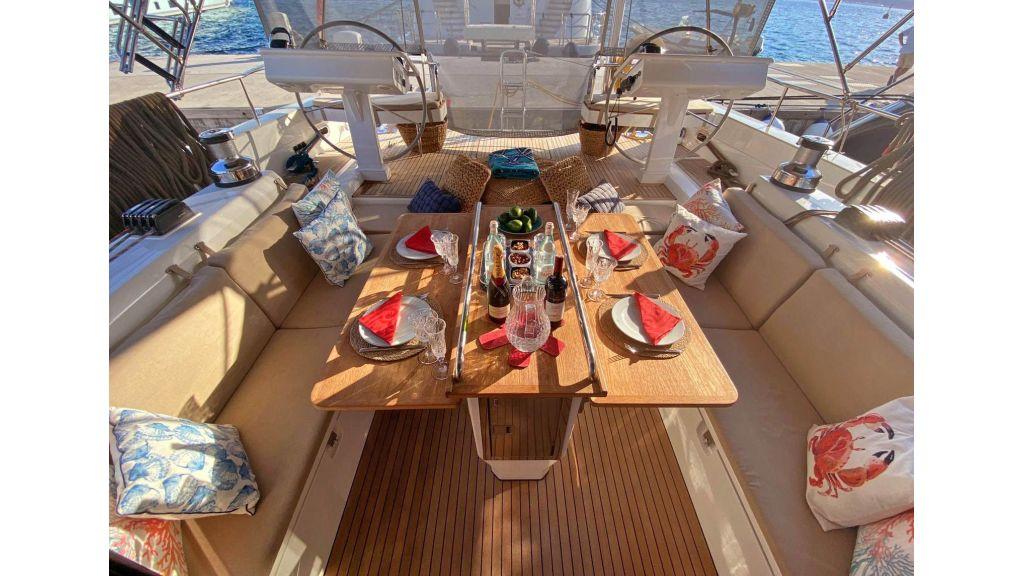 Moody 62 Sailing Yacht (10)