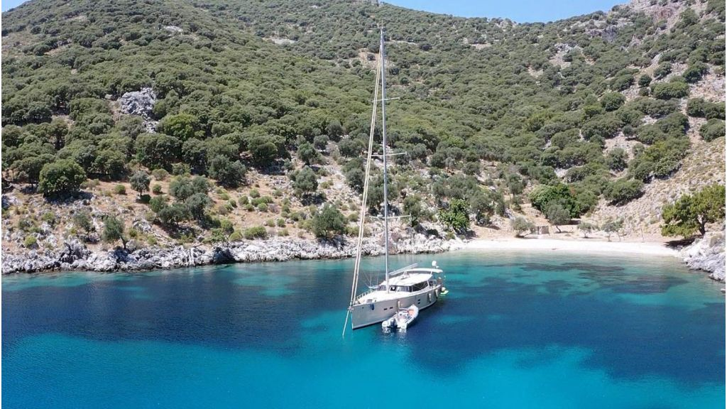 Moody 62 Sailing Yacht (20)
