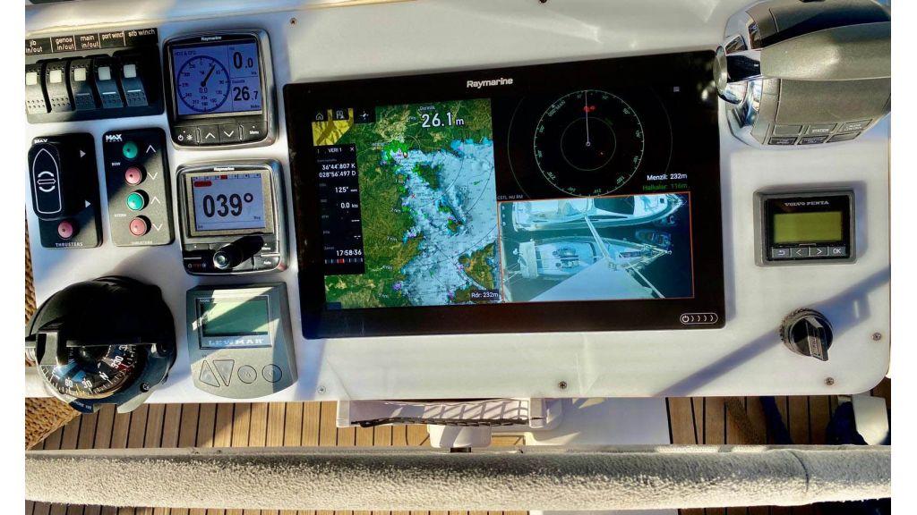 Moody 62 Sailing Yacht (29)
