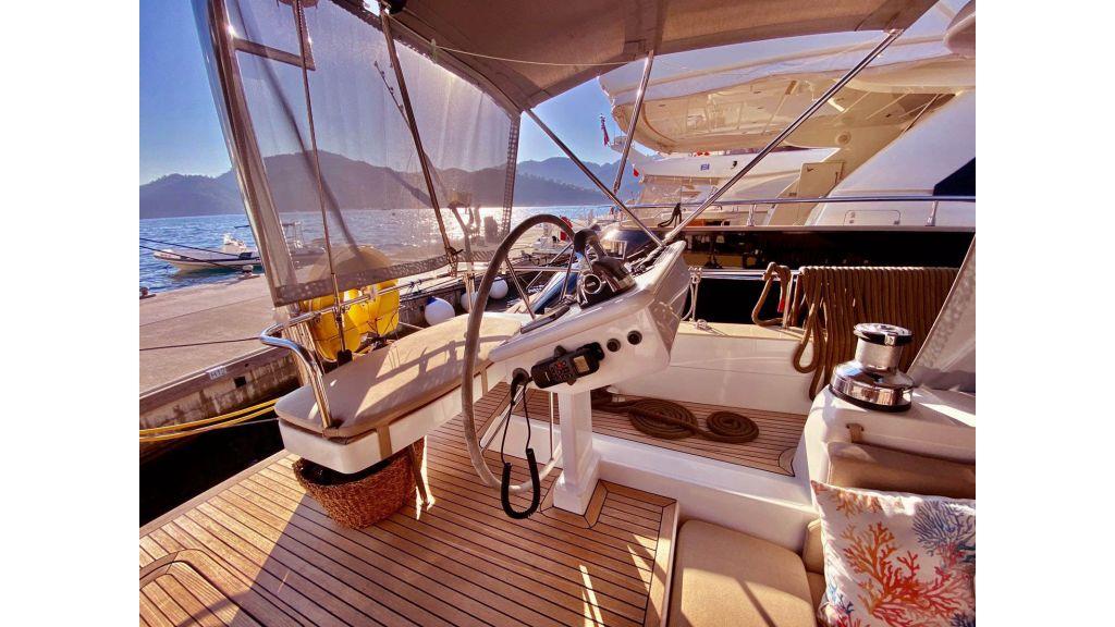 Moody 62 Sailing Yacht (6)