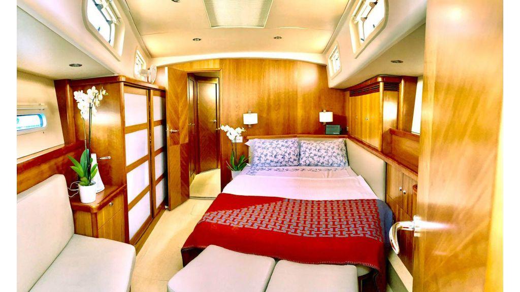Moody 62 Sailing Yacht (7)