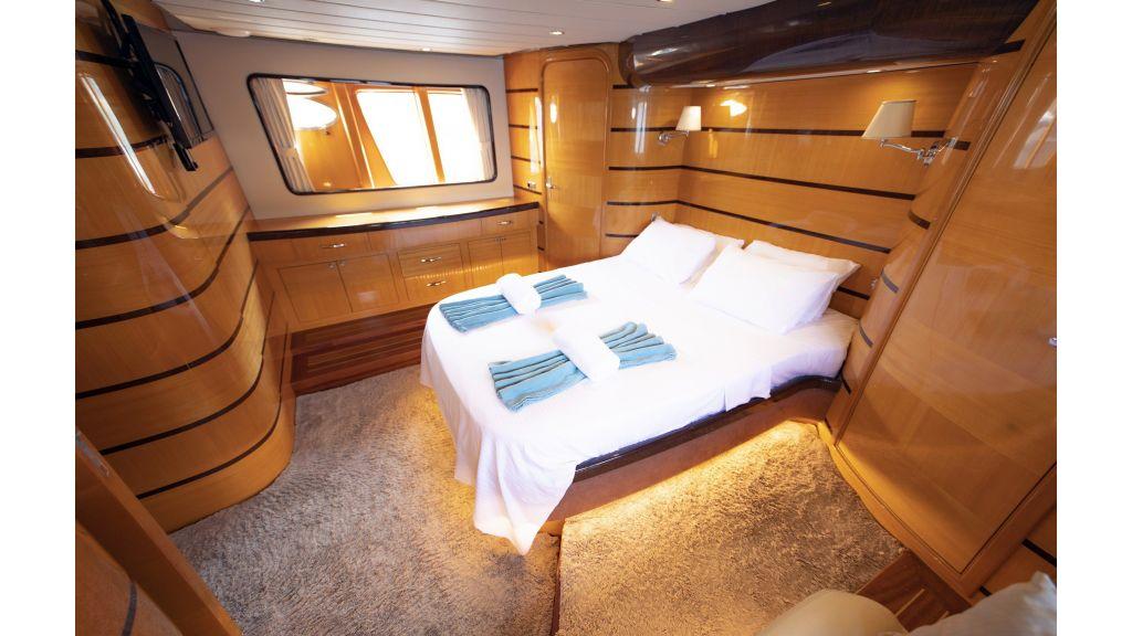 Motor Yacht Bormus 1 (15)