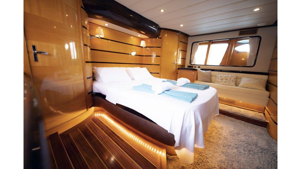 Motor Yacht Bormus 1 (16)