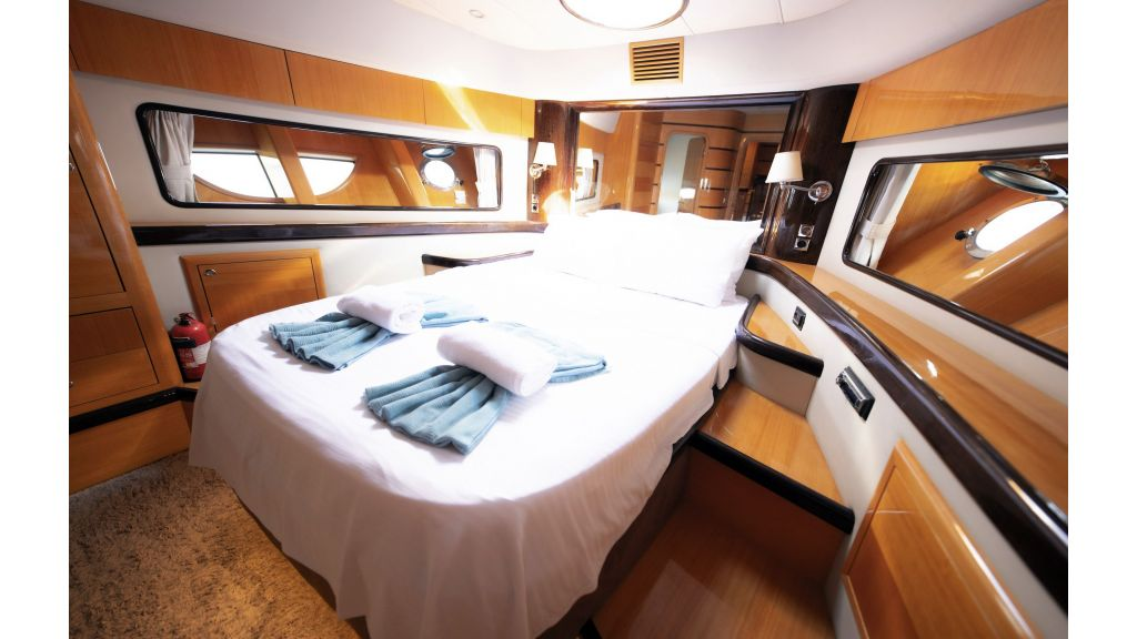 Motor Yacht Bormus 1 (23)