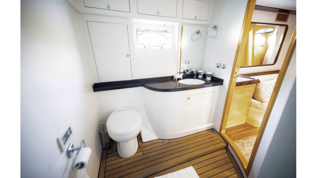 Motor Yacht Bormus 1 (24)