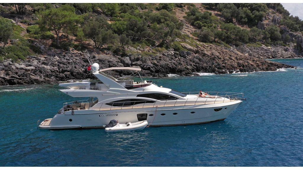 Motor Yacht Bormus 1 (3)