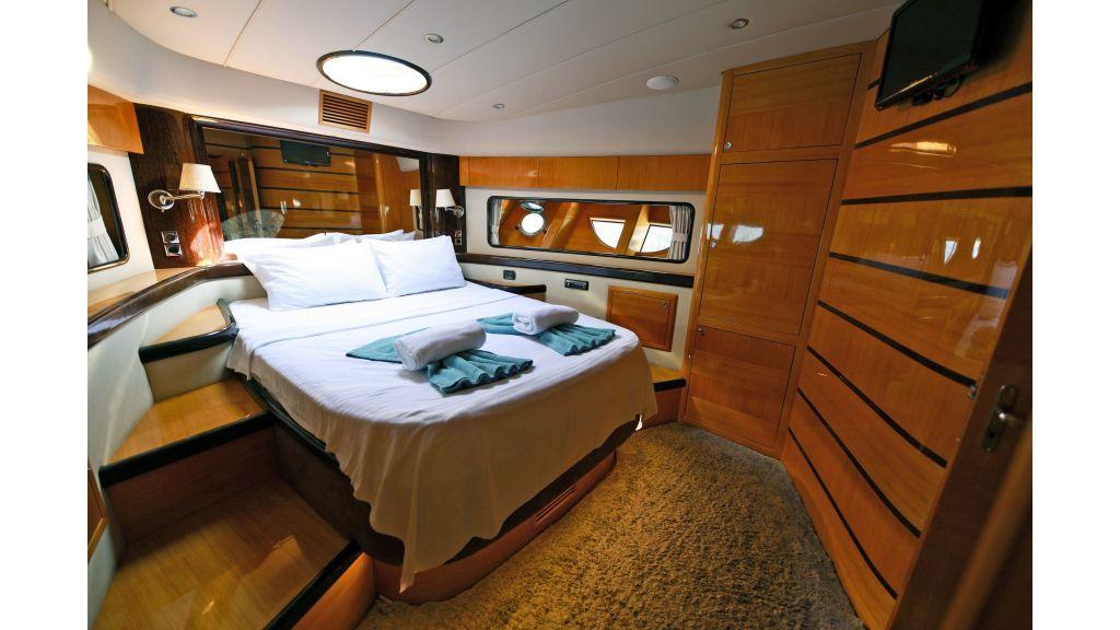 Motor Yacht Bormus 1 (32)