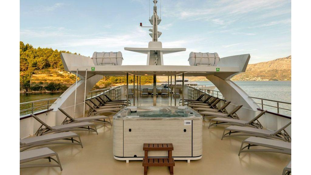 Motor Yacht Ohana (21)