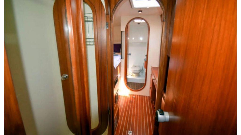 Notica 570ft Catamaran (15)