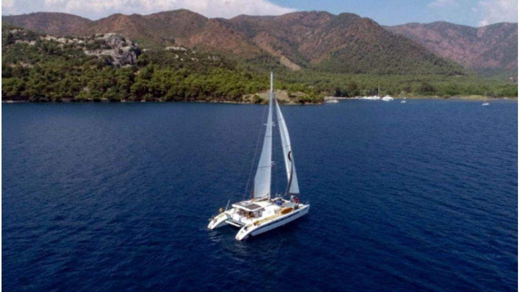 Notica 570ft Catamaran (17)