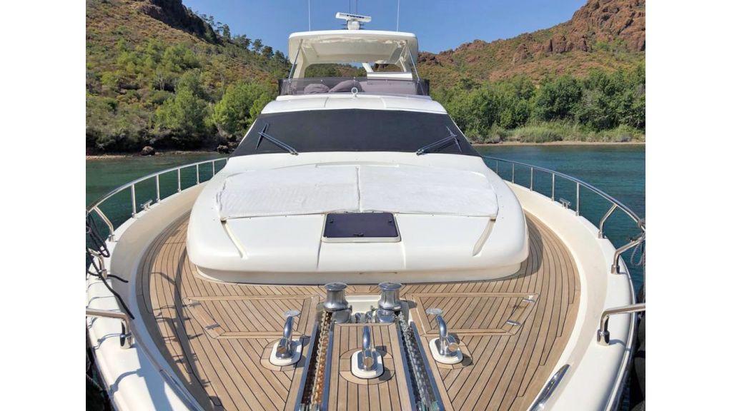 Ferretti 830 For Charter (6)
