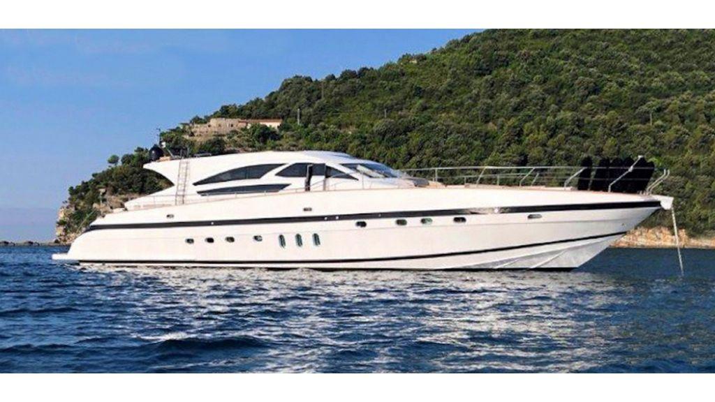 Goldfinger Luxury Motor Yacht (1)