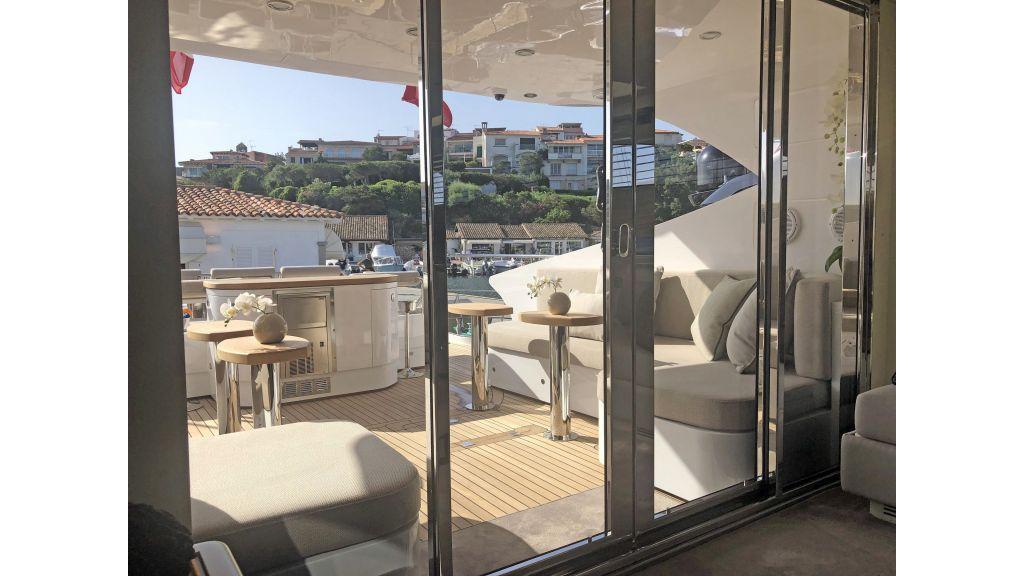 Goldfinger Luxury Motor Yacht (16)