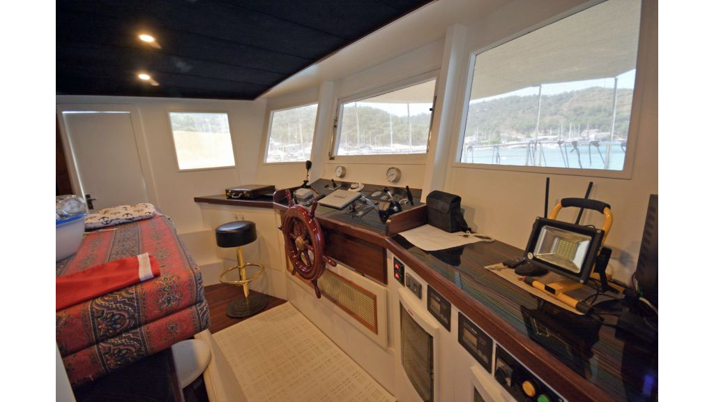 20m Used Trawlers For Sale (18)