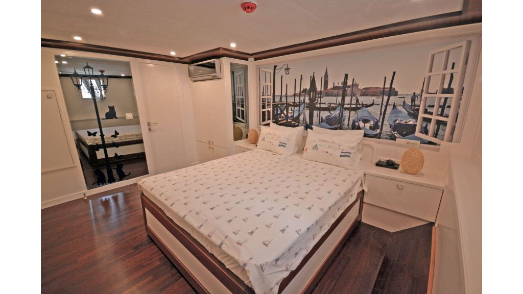 20m Used Trawlers For Sale (27)