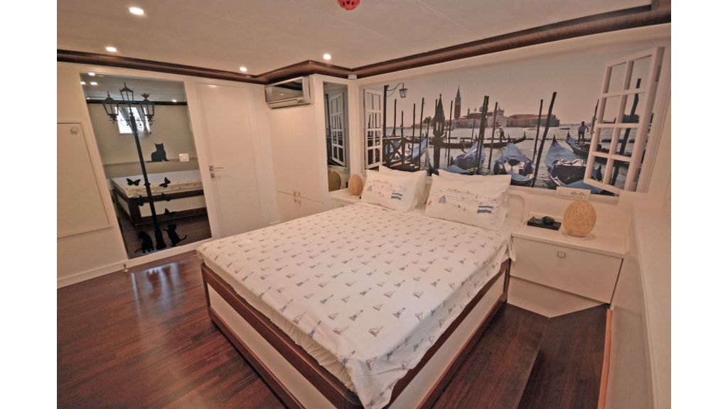 20m Used Trawlers For Sale (28)