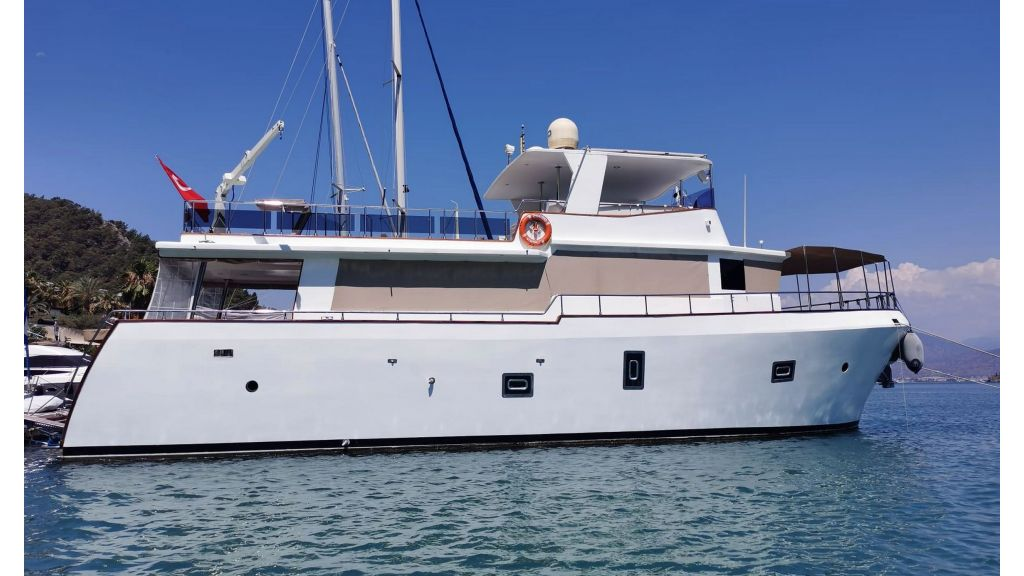 20m Used Trawlers For Sale (50)