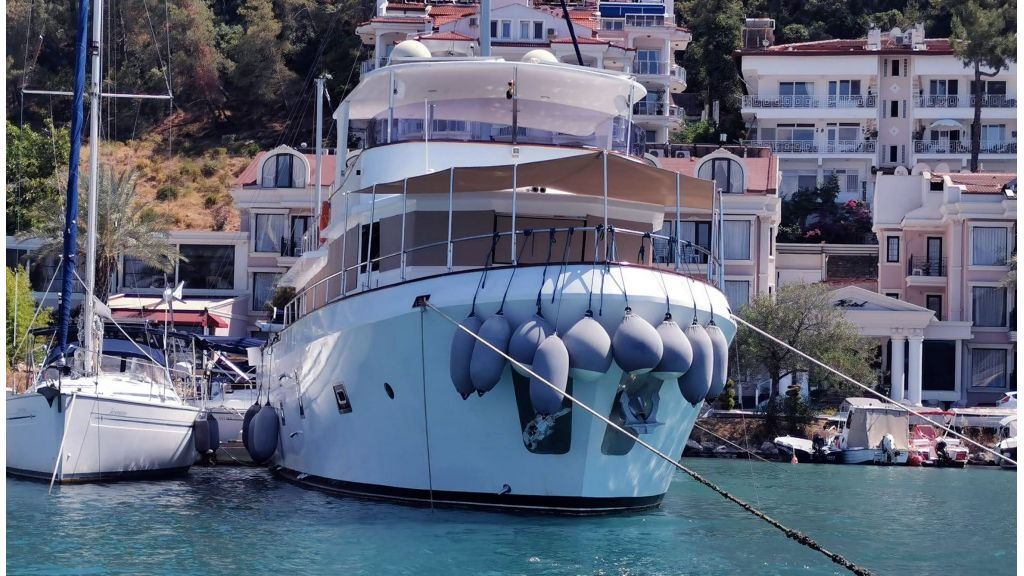 20m Used Trawlers For Sale (51)