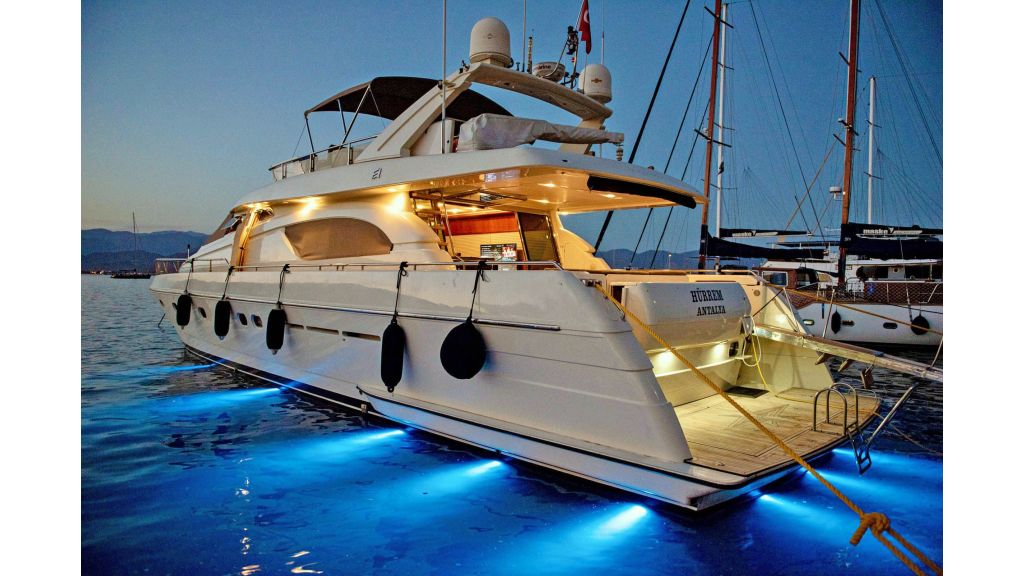 Hurrem Luxury Motor Yacht (10)