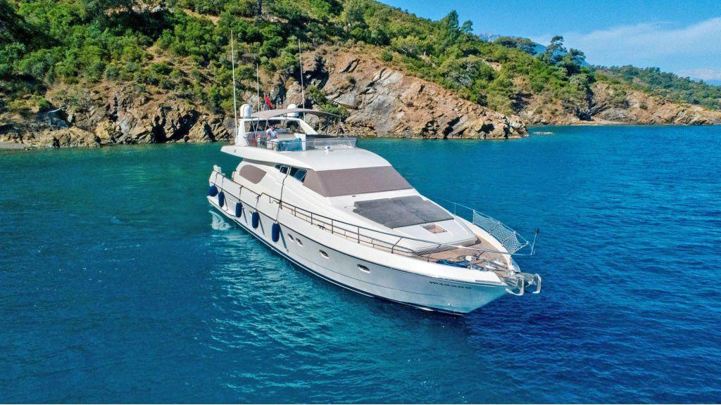 Hurrem Luxury Motor Yacht (3)