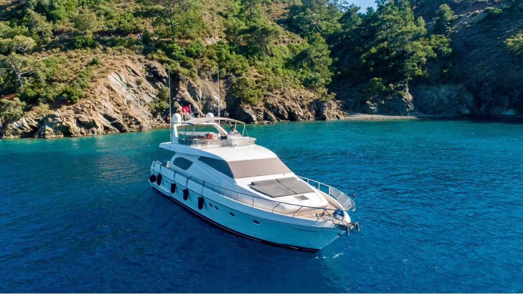 Hurrem Luxury Motor Yacht (5)