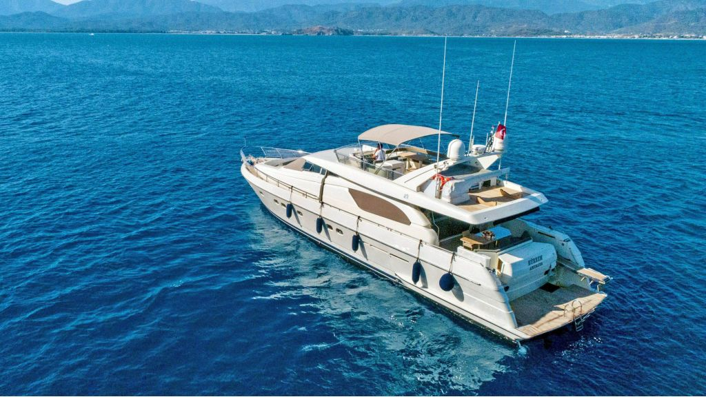 Hurrem Luxury Motor Yacht (7)