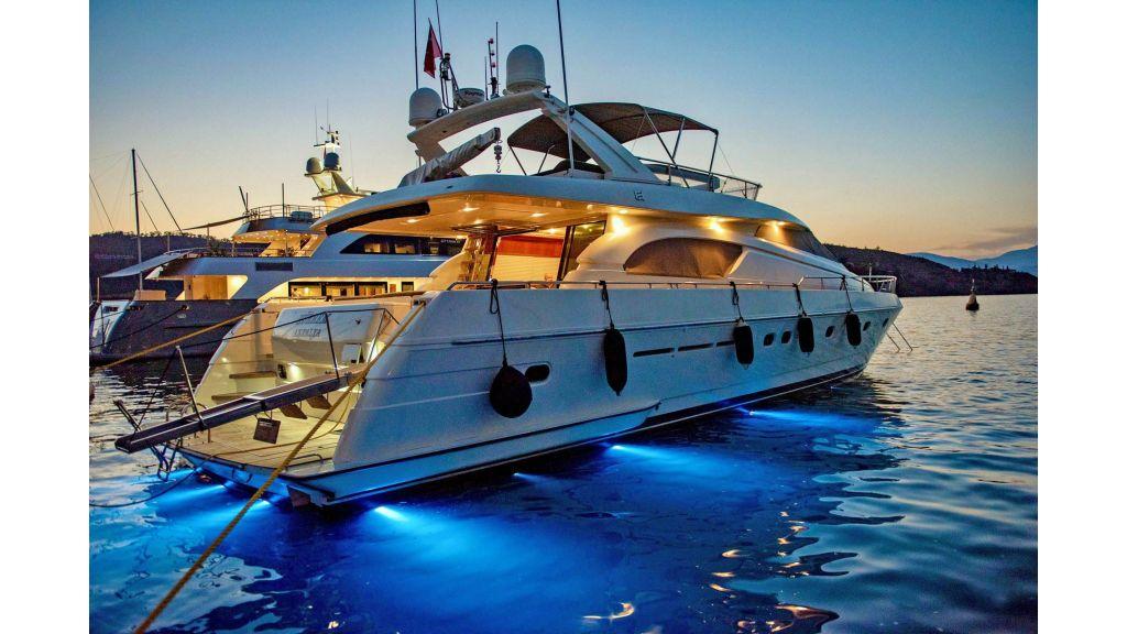 Hurrem Luxury Motor Yacht (9)