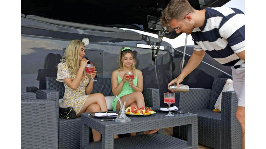 Klas luxury power catamaran (10)