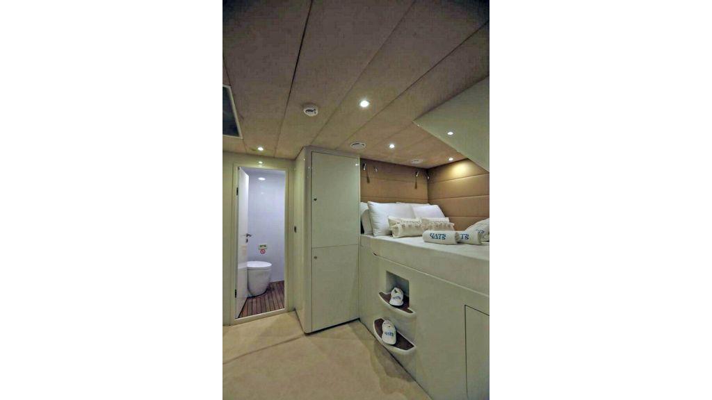 Klas luxury power catamaran (23)
