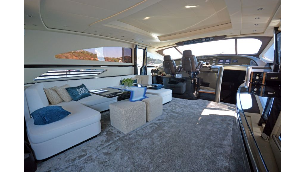 Pershing 88 For Charter master....