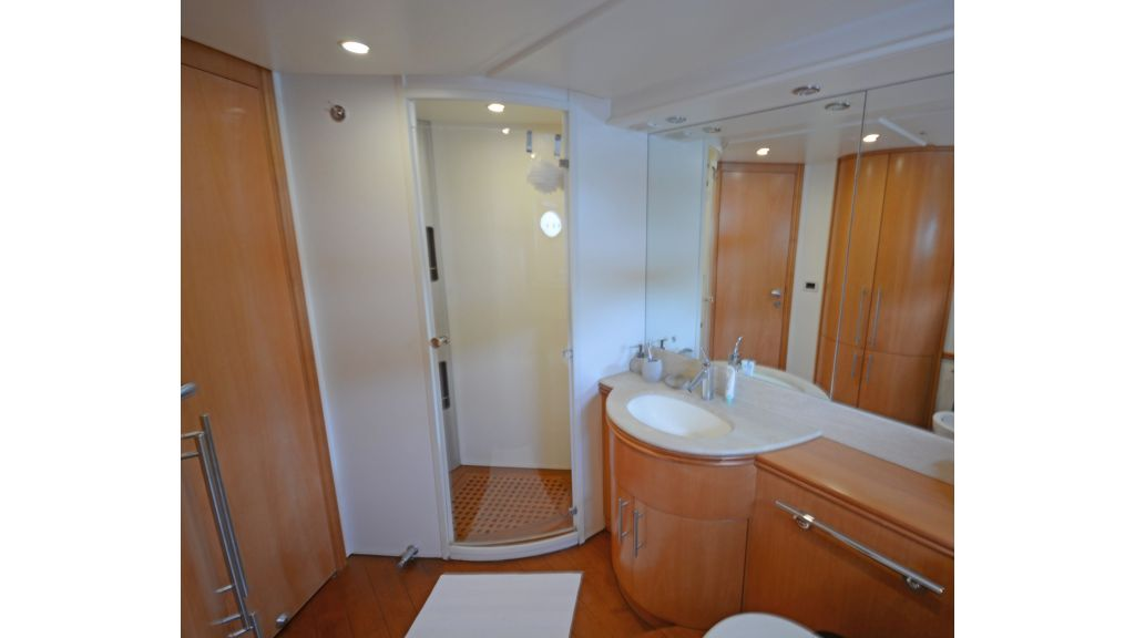 Pershing 88 For Sale (11)