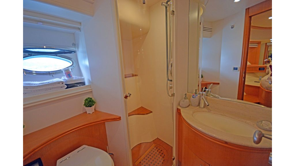 Pershing 88 For Sale (28)
