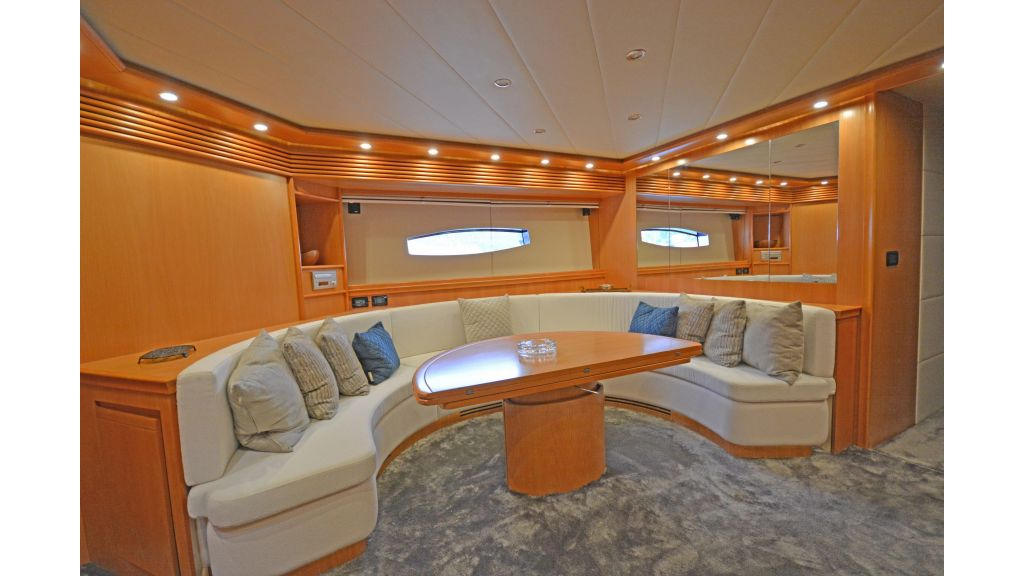 Pershing 88 For Sale (44)