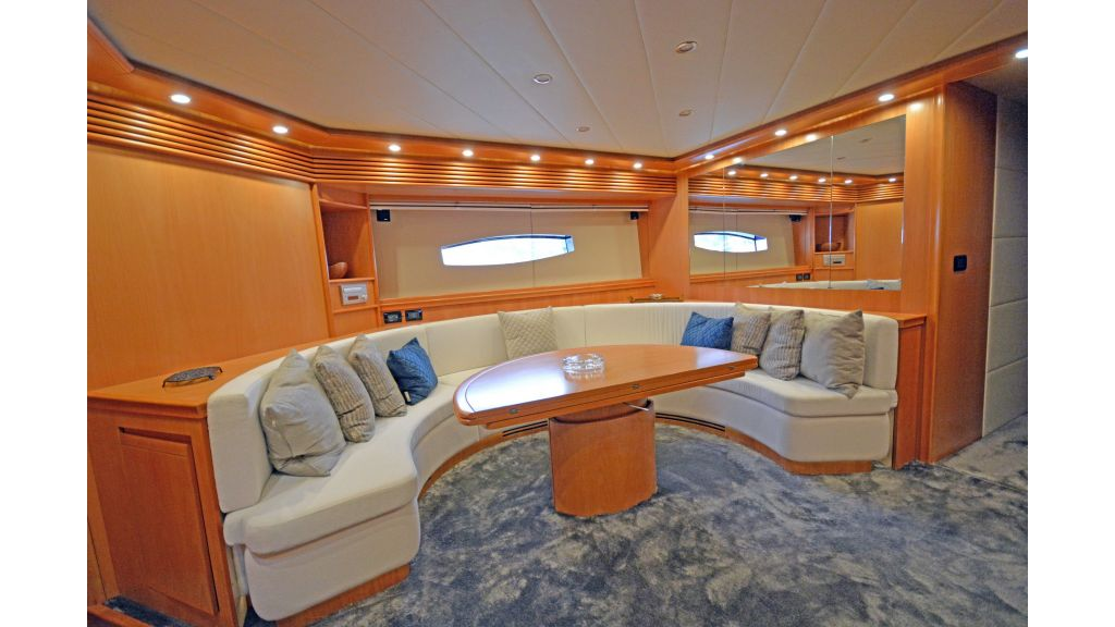 Pershing 88 For Sale master..
