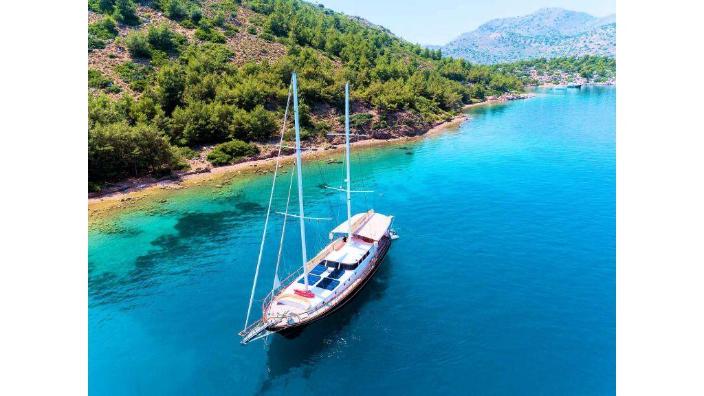 Derya Deniz Gulet (10)