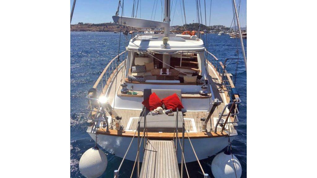28m Sailing Yacht (21)