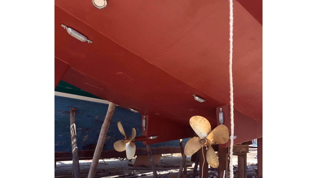 28m Sailing Yacht (33)
