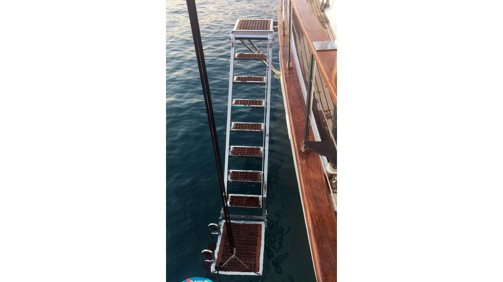 28m Sailing Yacht (5)