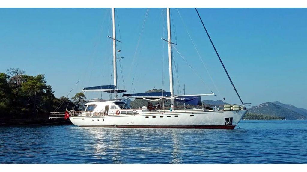 28m Sailing Yacht