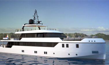 40m Luxury Yacht