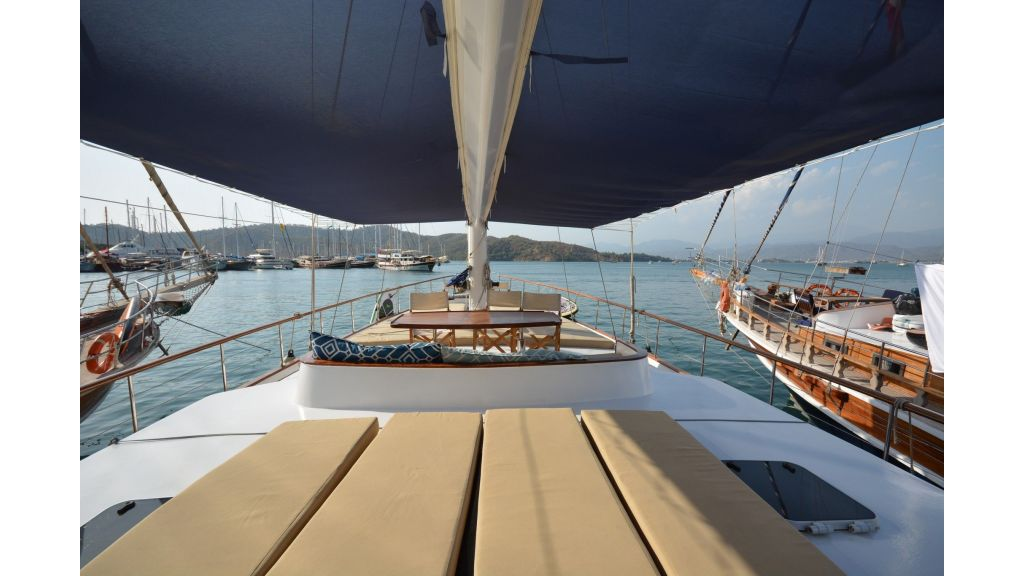 eloa sailing yacht (14)