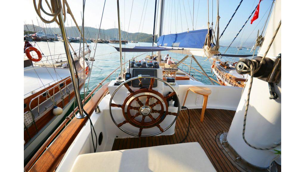 eloa sailing yacht (26)