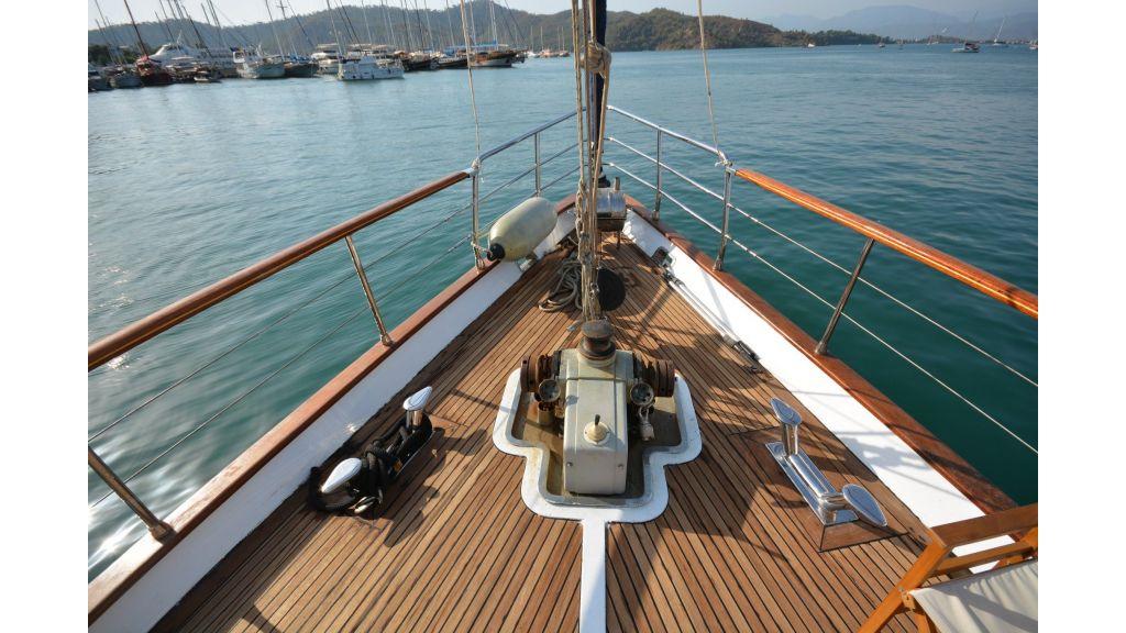 eloa sailing yacht (8)
