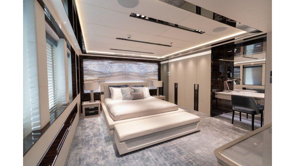 Lower Deck Guest Cabin3-2