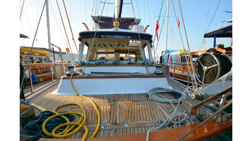 sailing yacht for sale (12)