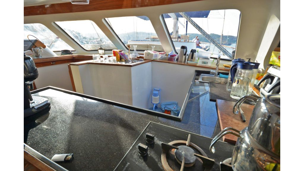 sailing yacht for sale (14)